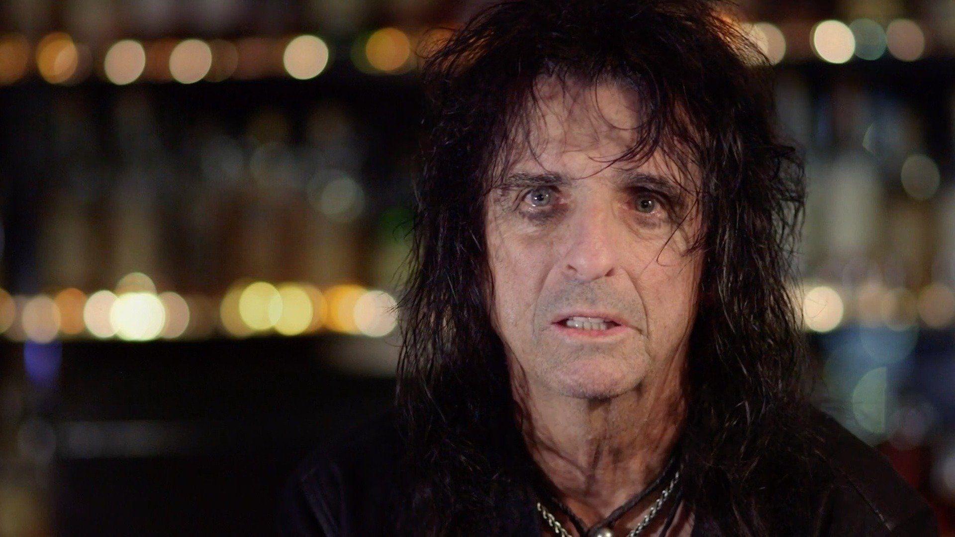"Alice Cooper being interviewed in ""Rock Camp."""