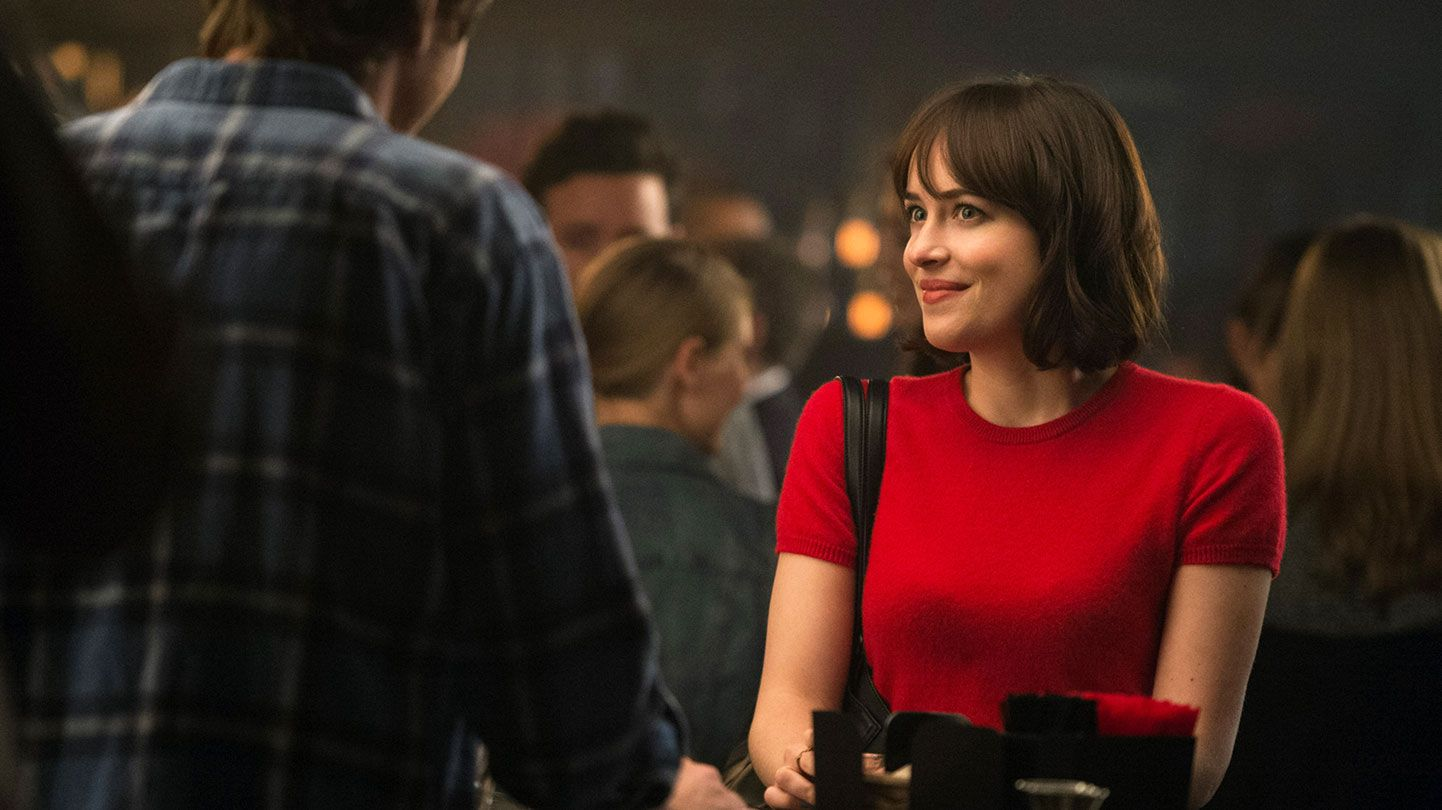 """Anders Holm and Dakota Johnson in """"How to Be Single."""""""