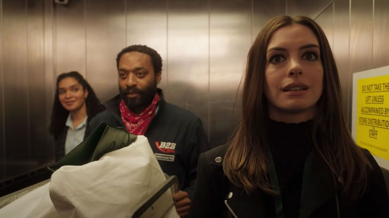 """Anne Hathaway and Chiwetel Ejiofor in """"Locked Down."""""""