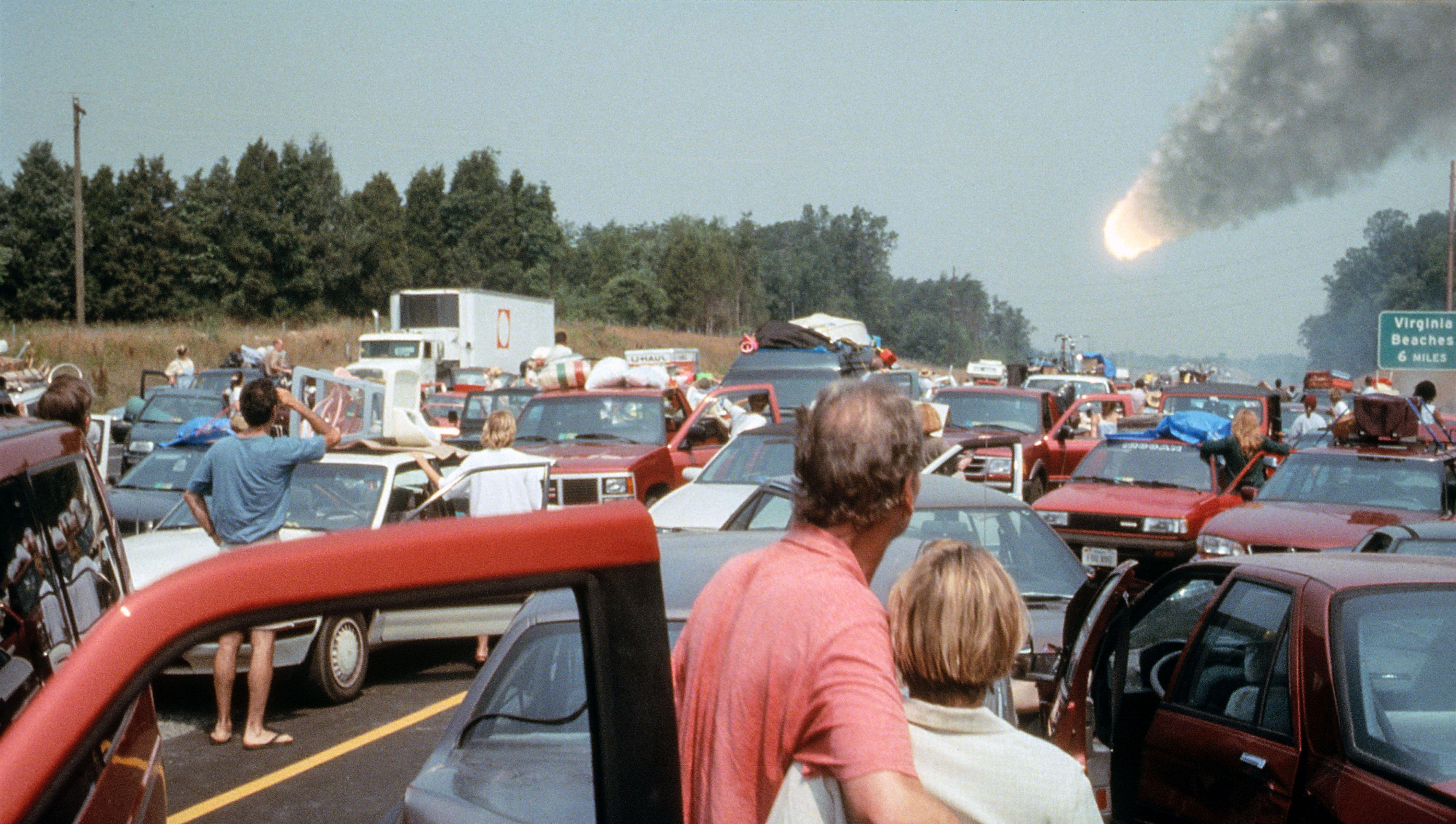 "Comet hurtles to Earth in ""Deep Impact."""