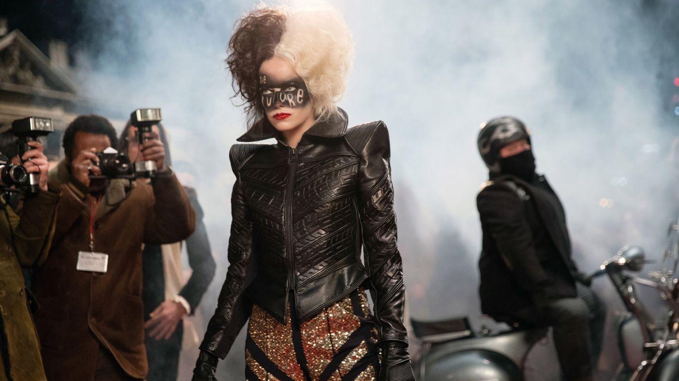 """Emma Stone in """"Cruella."""""""