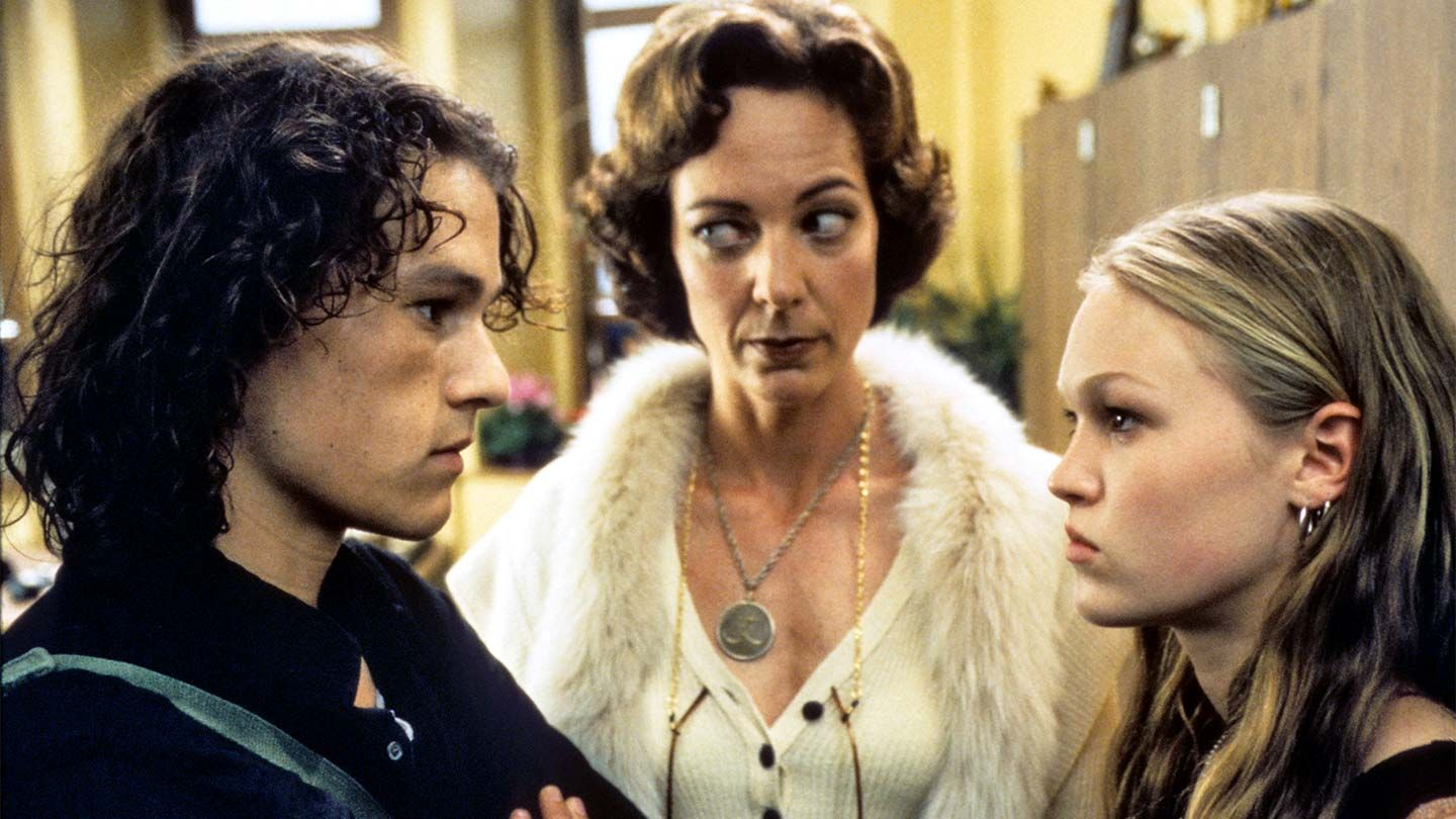 """Heath Ledger, Allison Janney, and Julia Stiles in """"10 Things I Hate About You."""""""