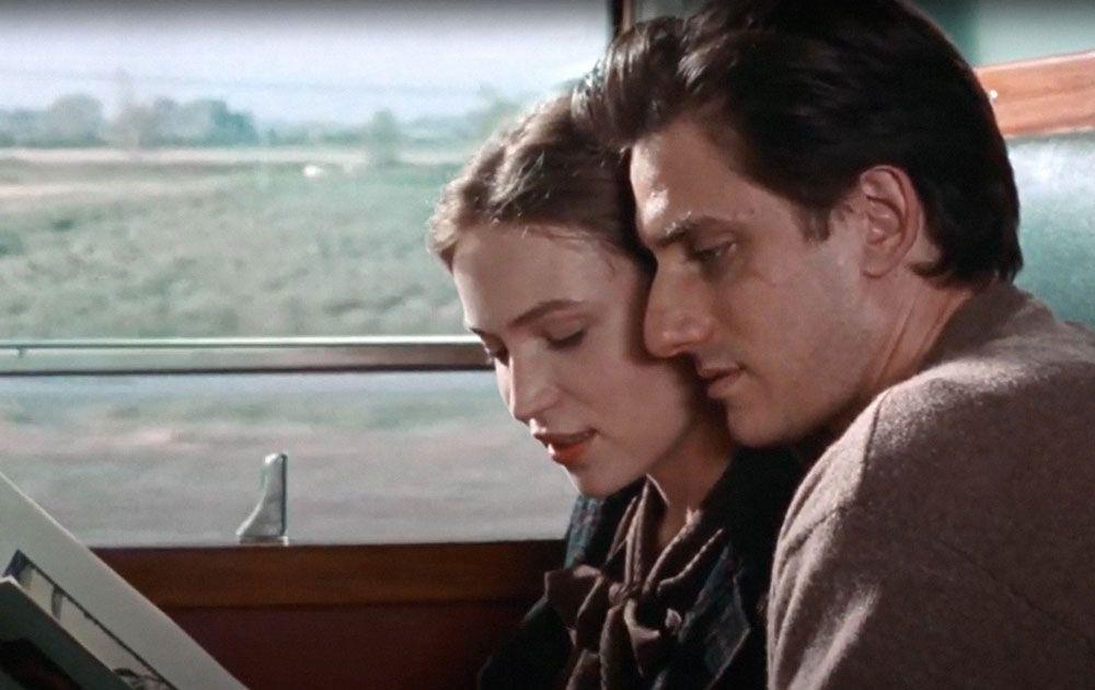 "Jessica Cressy and Luca Marinelli in ""Martin Eden."""