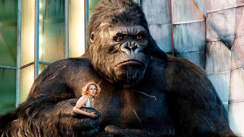 """Naomi Watts and King Kong in """"King Kong."""""""