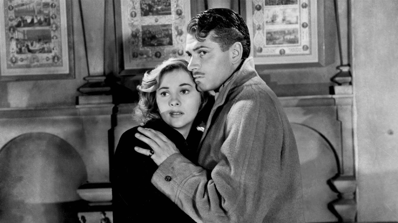 """Joan Fontaine and Laurence Olivier in """"Rebecca (1940)."""""""