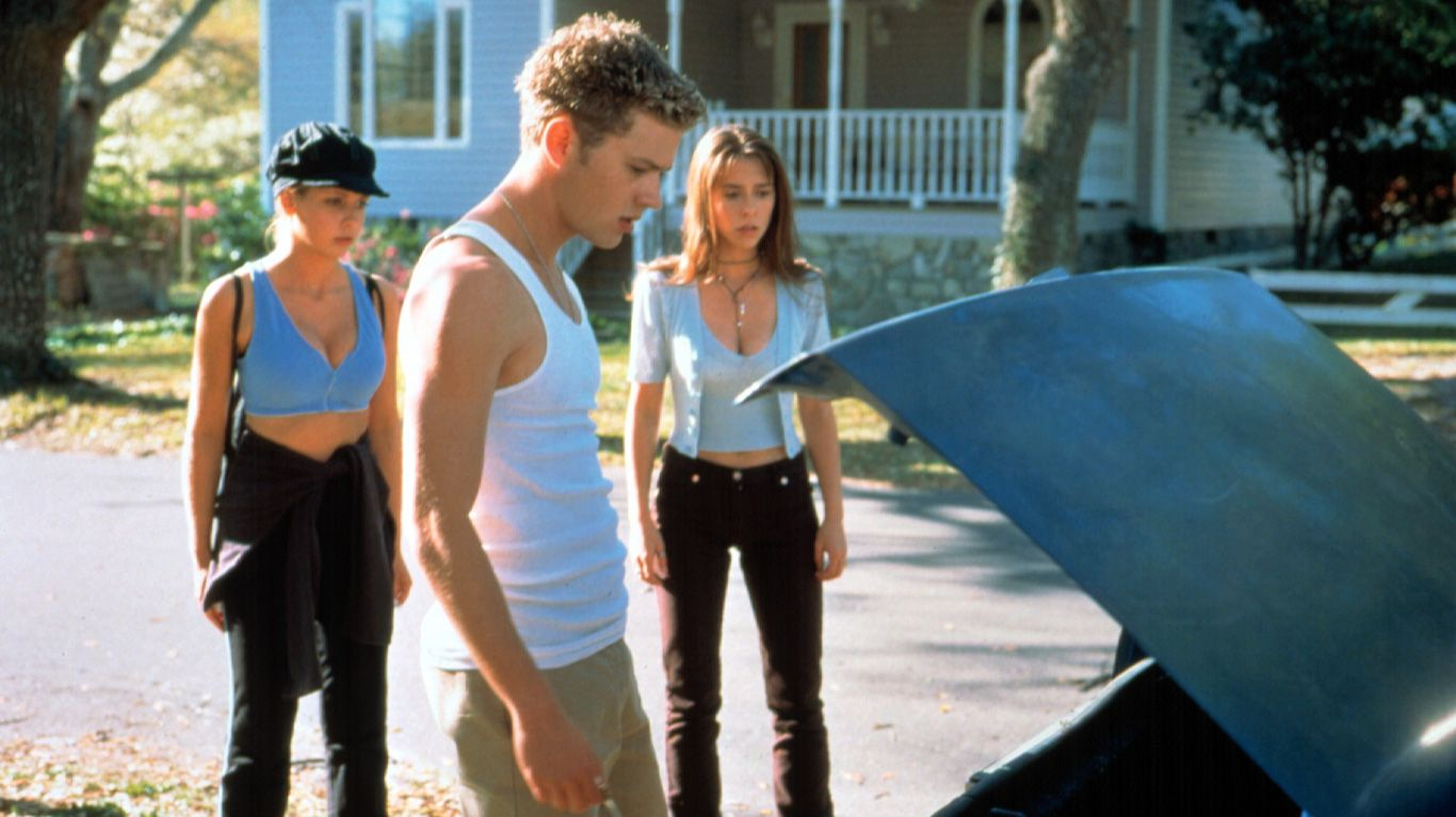 "Sarah Michelle Gellar, Ryan Phillippe, ans Jennifer Love Hewitt in ""I Know What You Did Last Summer."""