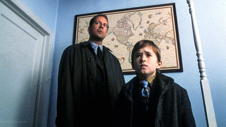 Top 25 Unconventional Horror Classics: The Sixth Sense
