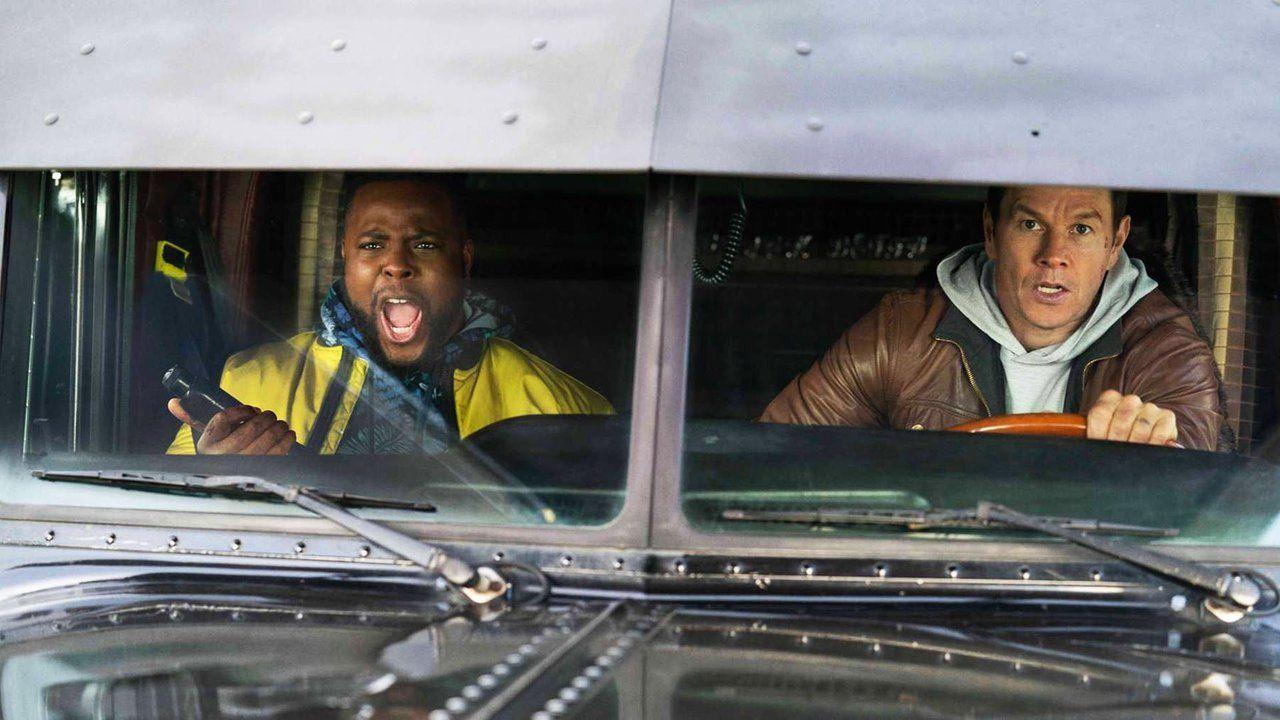"""Winston Duke and Mark Wahlberg in """"Spenser Confidential."""" © Netflix."""