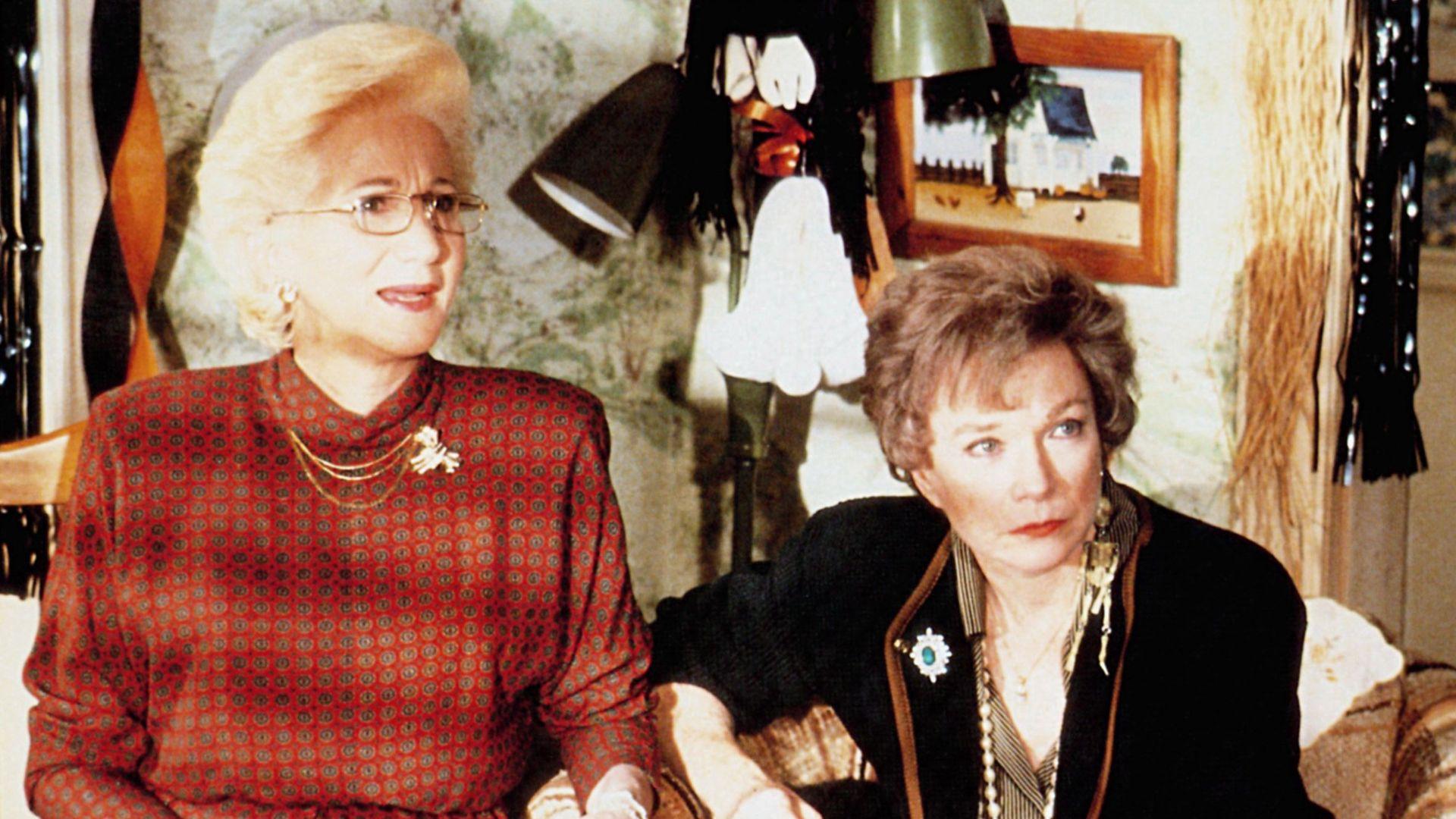 STEEL MAGNOLIAS, from left: Olympia Dukakis, Shirley MacLaine, 1989.
