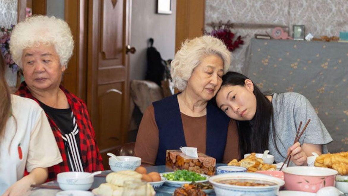 LU Hong ZHAO Shuzhen and Awkwafina in The Farewell