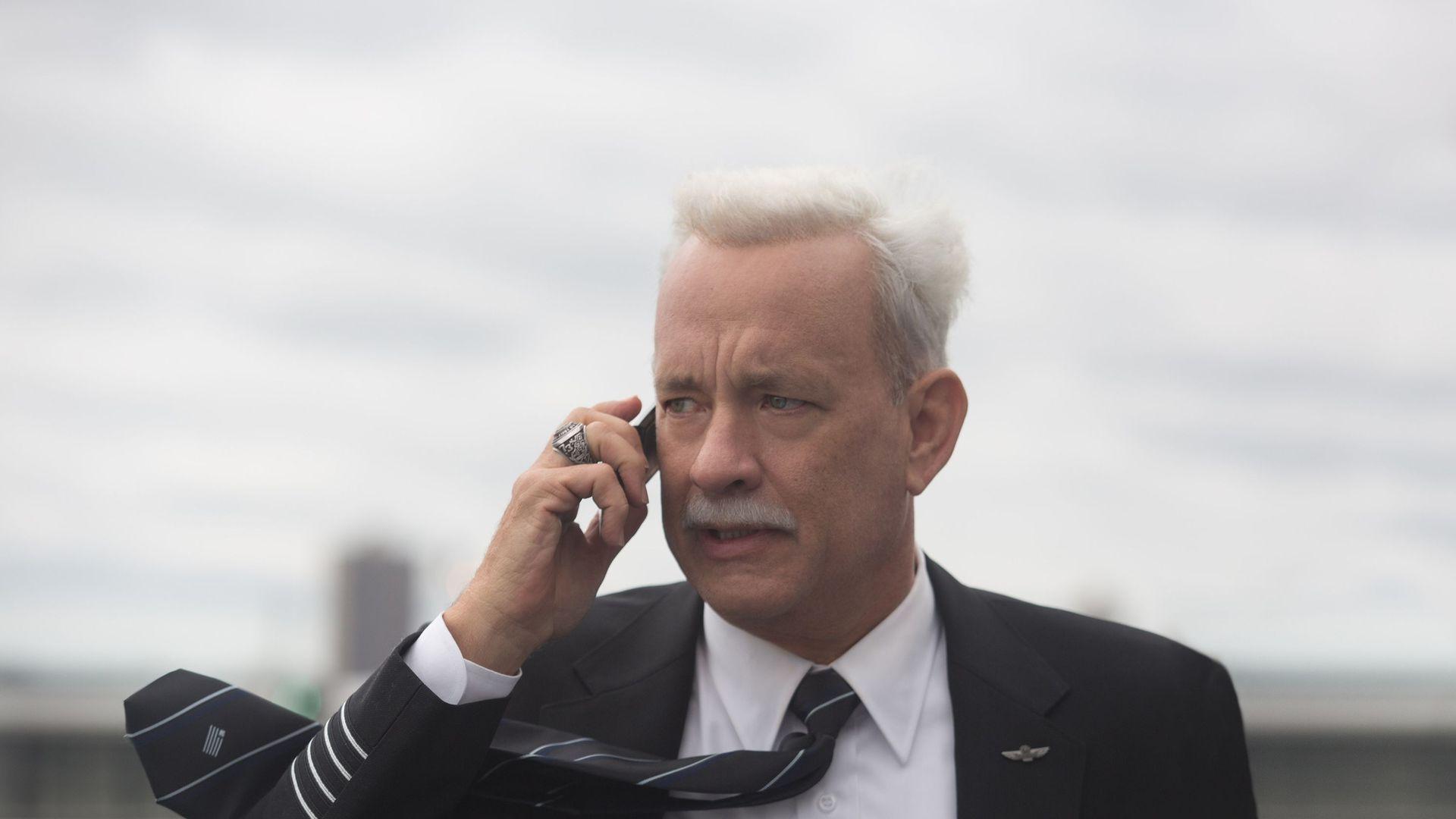 """Tom Hanks in """"Sully."""""""