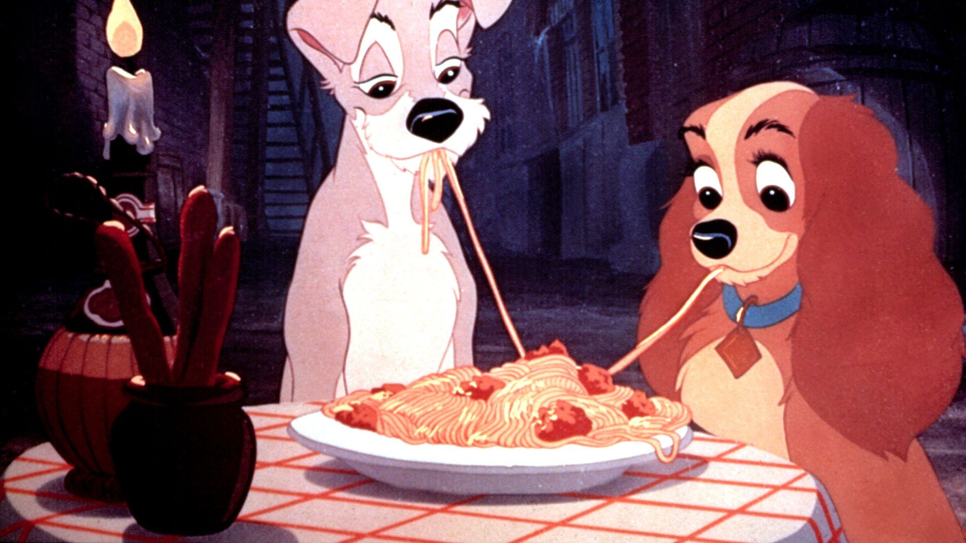 """Tramp and Lady from """"Lady and the Tramp."""""""