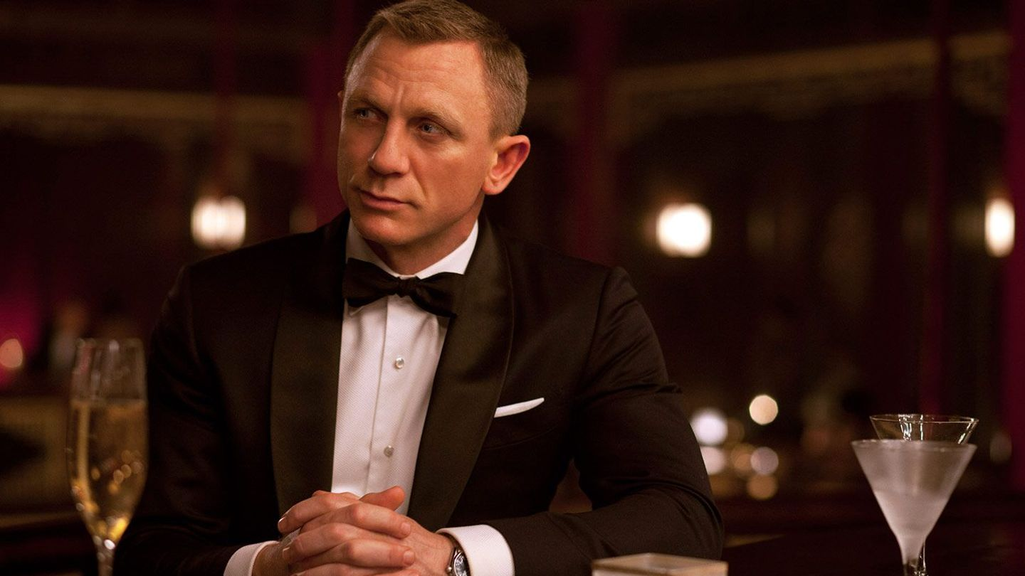 How to Make the Perfect Bond Martini, Shaken Not Stirred
