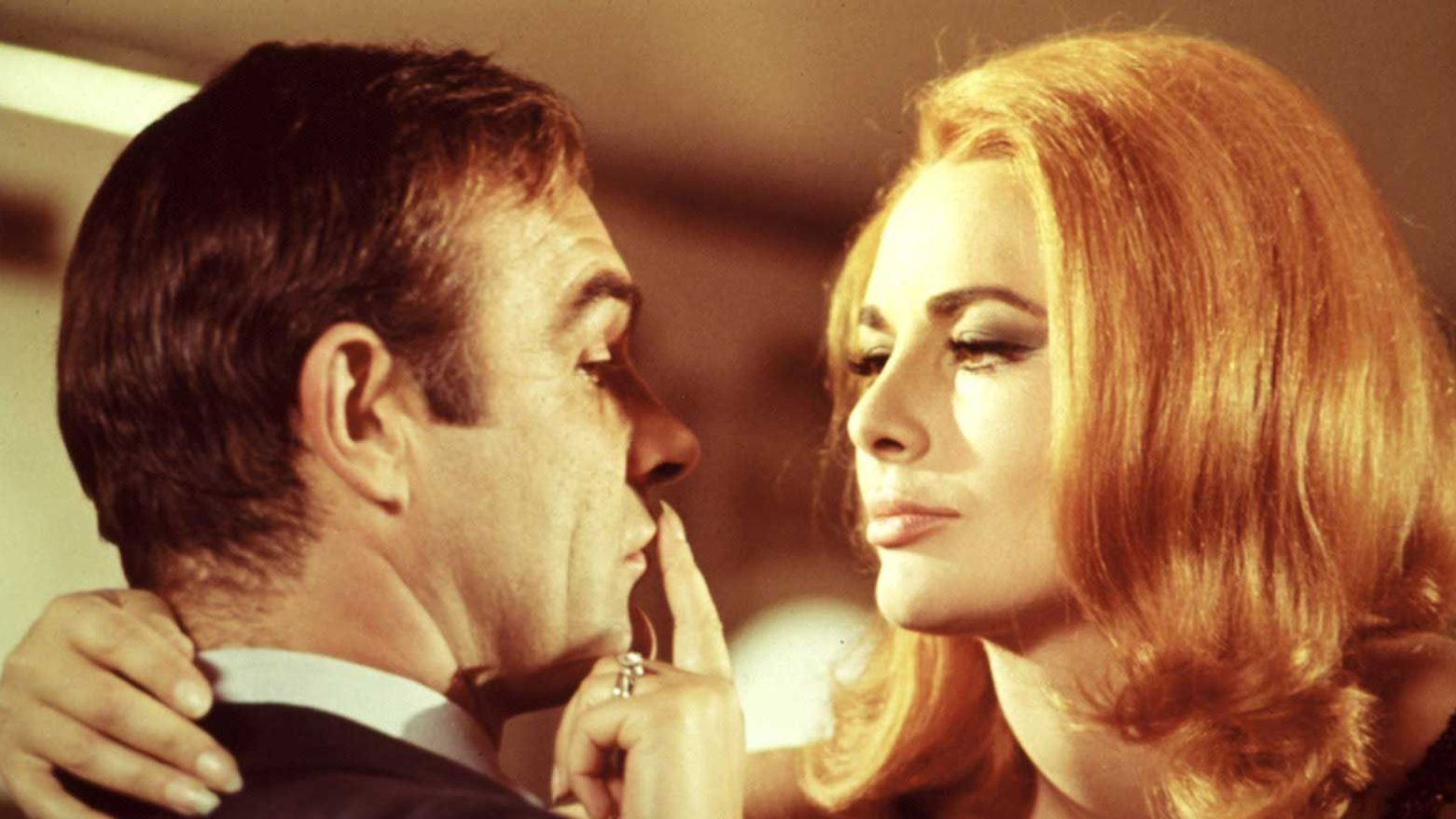 YOU ONLY LIVE TWICE, Sean Connery, Karin Dor, 1967.