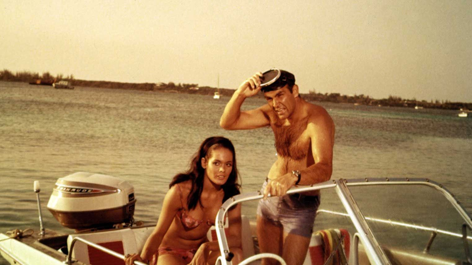 THUNDERBALL, Martine Beswick, Sean Connery, 1965.