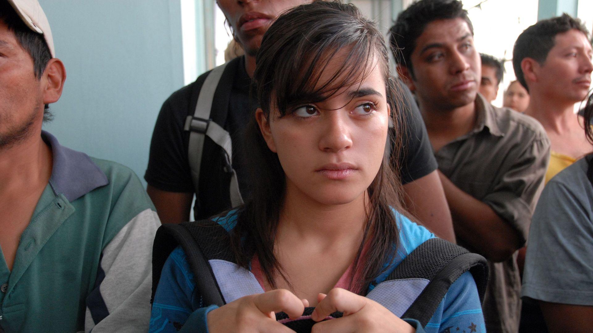 "Paulina Gaitan in ""Sin nombre."""
